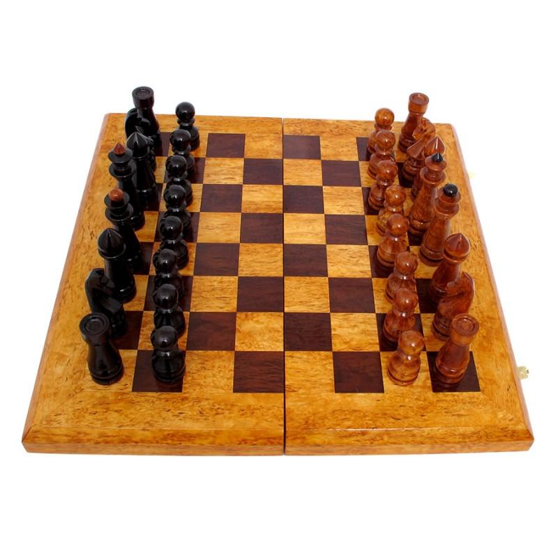Россия Шахматы складные из карельской березы картина домик с лодкой из карельской березы
