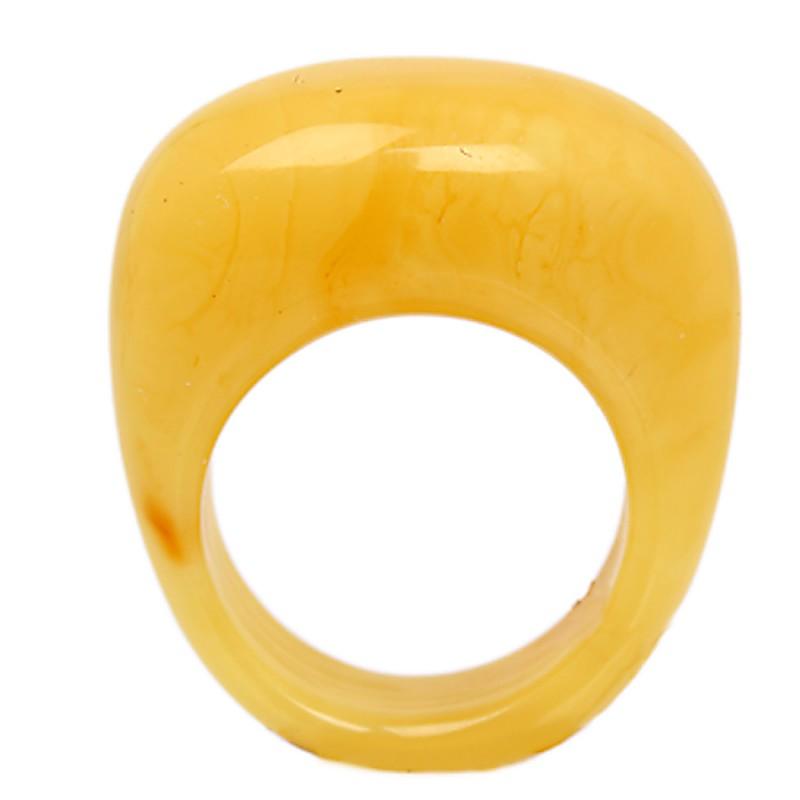 Кольцо янтарное