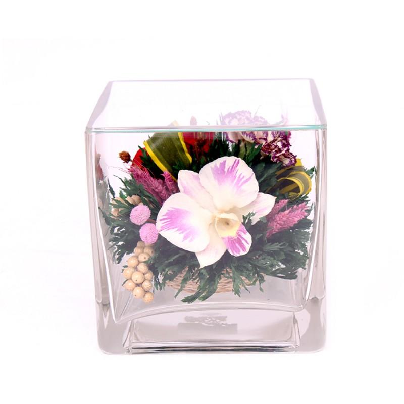 50213 Красные розы и корол.орхидеи с фиол-белыми диант.в мал.куб.вазе