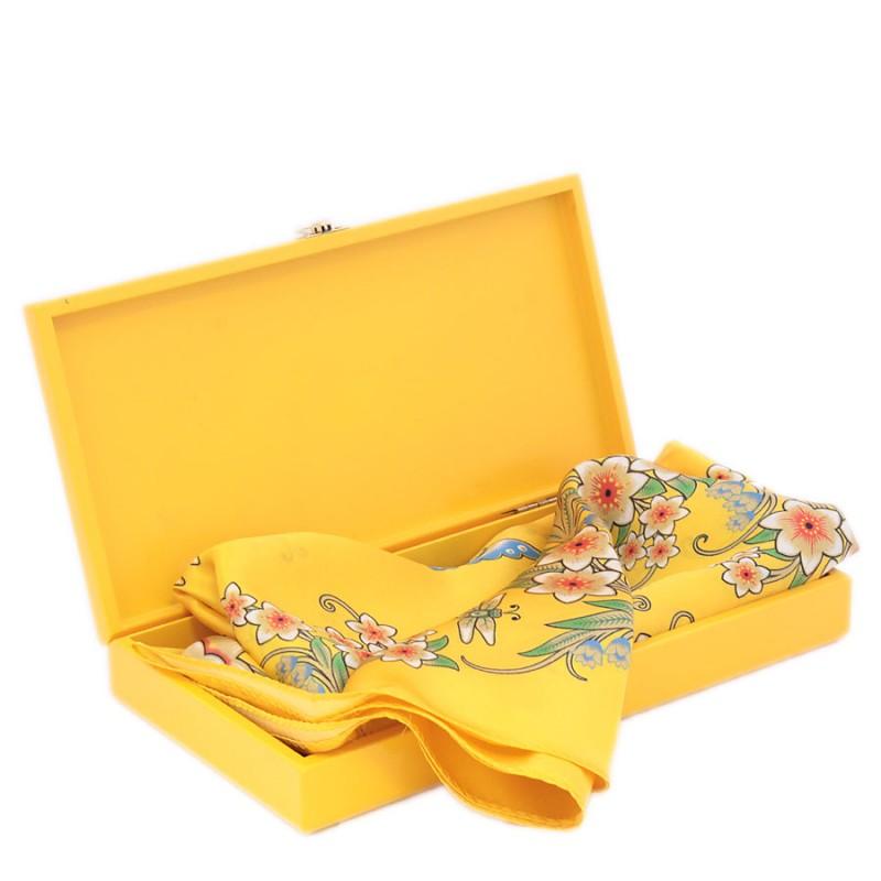 Подарочный набор Лизонька Павловопосадский платок в шкатулке платки venuse 73029 набор подарочный платок бусы